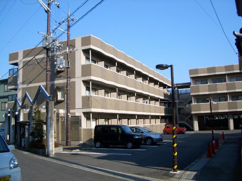 ニュー石山寺マンション