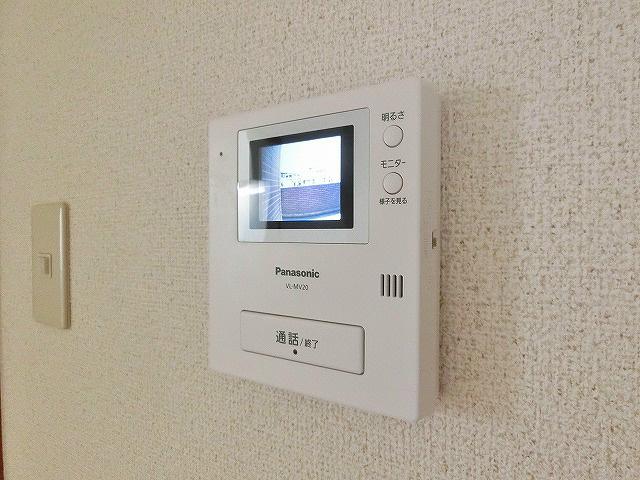 安心のセキュリティ機能である、TVモニター付きインターホン