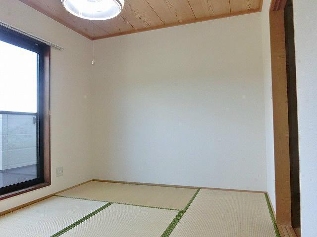 キレイが気持ち良い、落ち着きのある和室。
