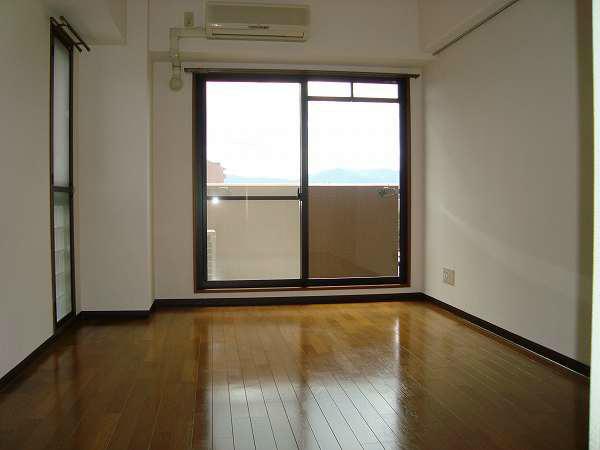窓がたくさんのお部屋