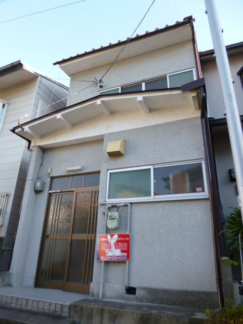 北花山六反田町36-7貸家