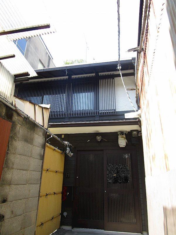 下京区柿本町590-8貸家